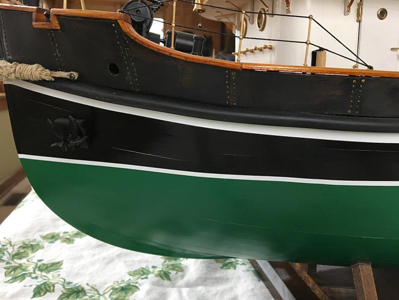 Anteo tug cracked hull.jpg