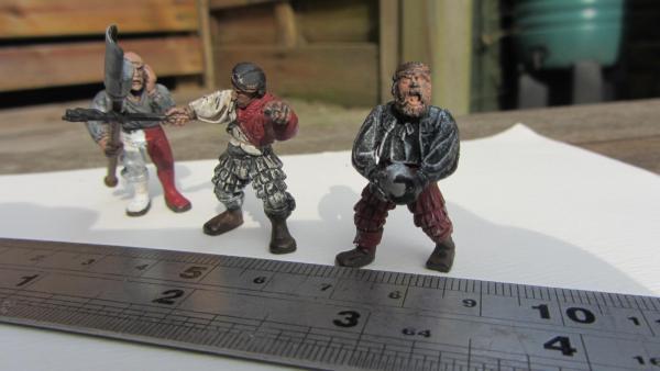 1 36 scale figures 004.jpg