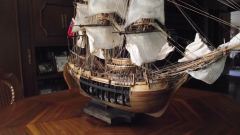 HMAV Bounty by Ulises Victoria