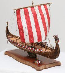 Viking Ship Drakkar - Amati 1:50 by Amfibius