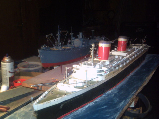 SS UNITED STATES scratch built from paper scale 1/200