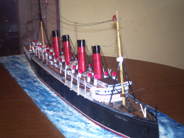 RMS MAURETANIA Scratch built from paper scale 1/200