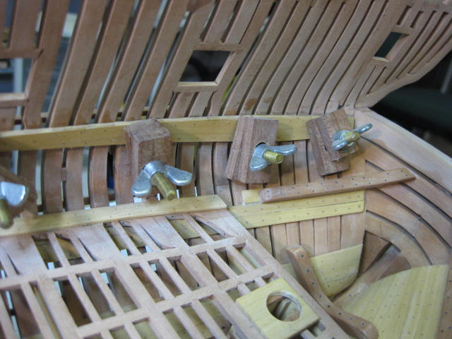 Stuff-up on upper deck clamps 008.jpg