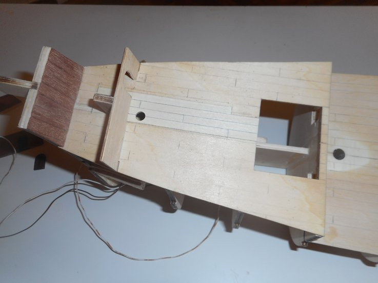 5a43773824ad5_deck2startplanking.JPG.f680144a94095e945b0c1887a2afbc0b.JPG