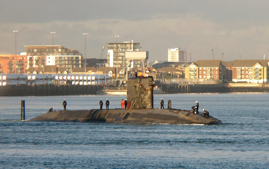 HMS_Trafalgar_SSN_cropped.JPG
