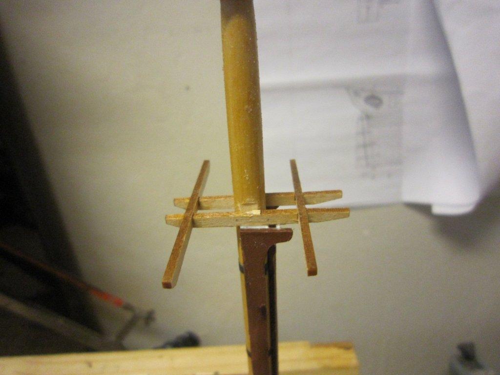 glue cross trees 002.JPG