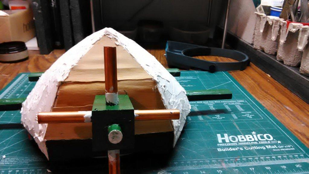 Achtkantige pldrmln, 1st layer tile glue on cap 2.jpg