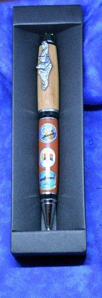 SHadow pen 1.JPG