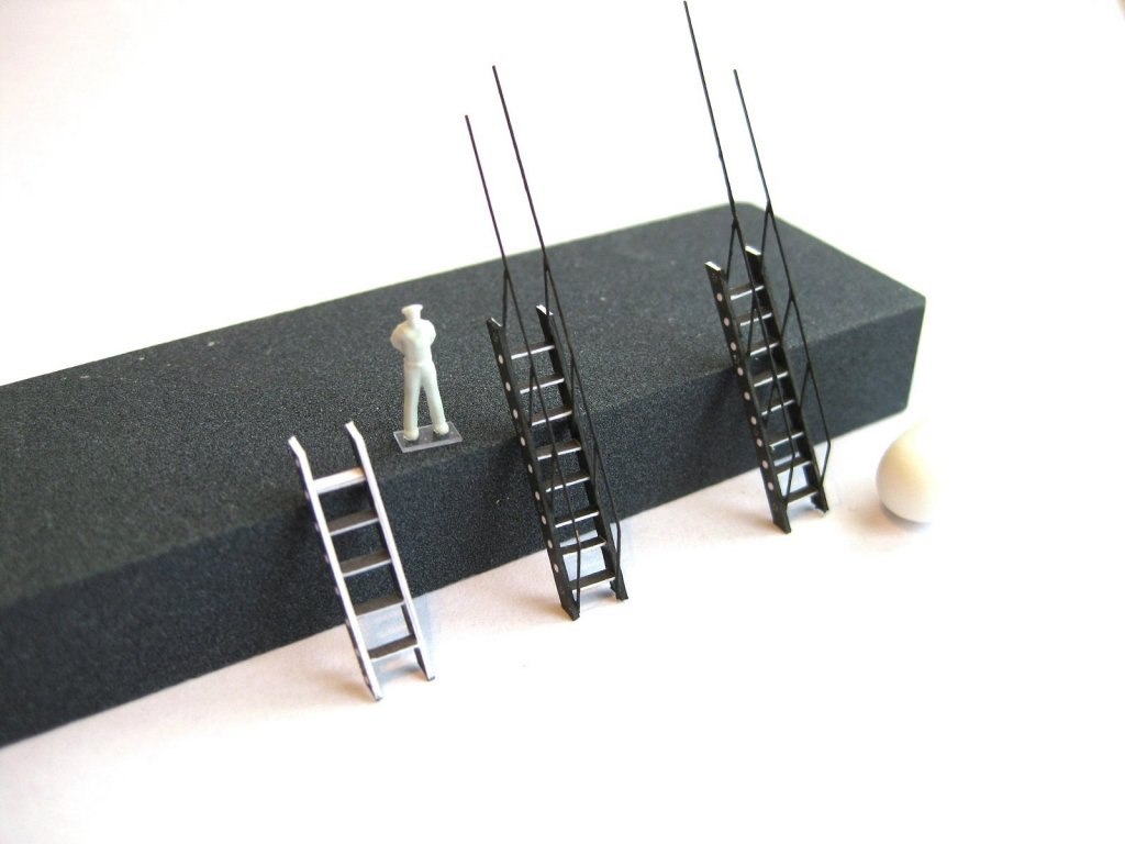 Ladders.thumb.JPG.f9bfd0ea3abf374690d97d4e385bfc08.JPG