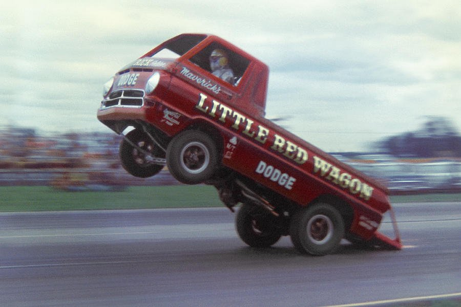 bill-maverick-golden-in-the-little-red-wagon-mike-mcglothlen.jpg