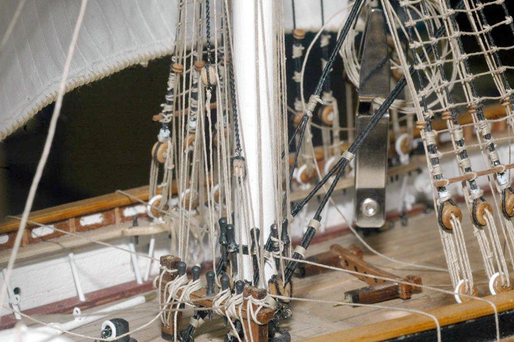 fore mast lower rigging 2.jpg