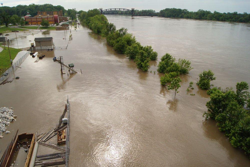 Boonville_flooding_1.jpg.a452e309a634311439ecf221430495c8.jpg
