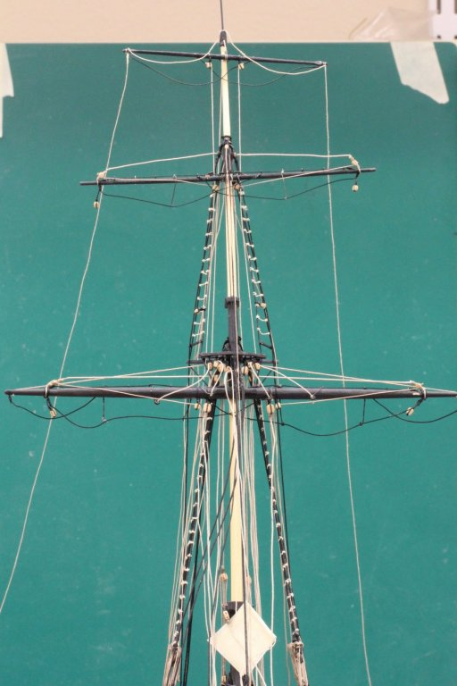Fore mast with 3 yards.jpeg