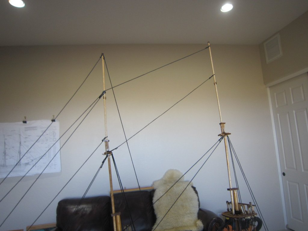 top masts repaired and rerigged 002.JPG