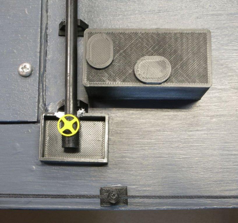 Pipe end & valve 4949.jpg