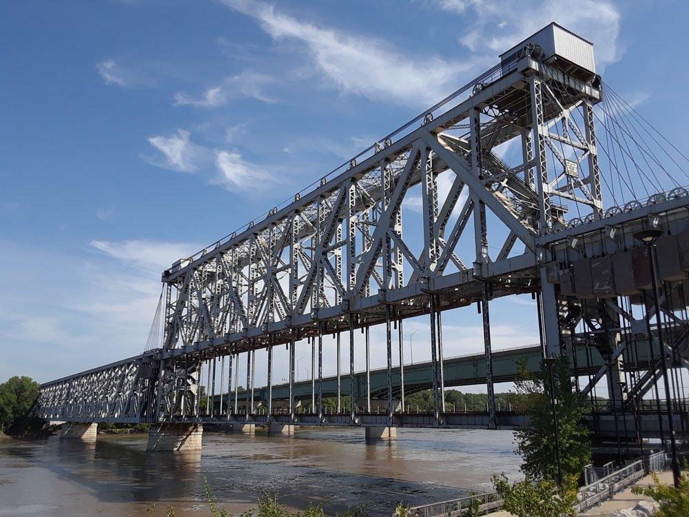 ASB_Bridge.jpg.ae57b669f1efc0fa50df7137a572752c.jpg