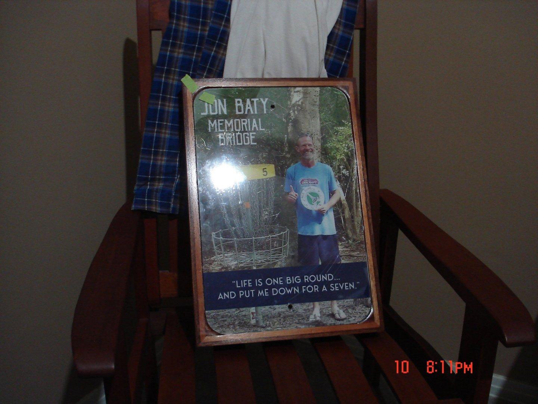 plaque 001.JPG