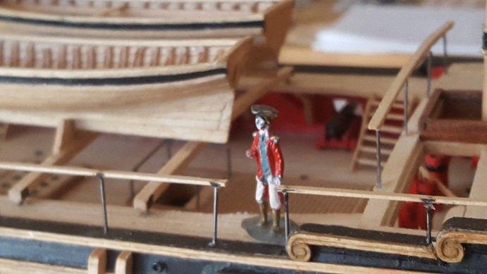 Figurine 2.jpg