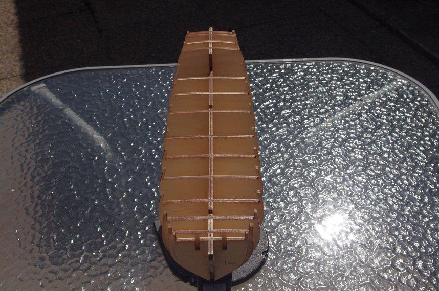 1026476678_bulkheadglued15.JPG.be3e939ca48de0c54c14c1427183a759.JPG