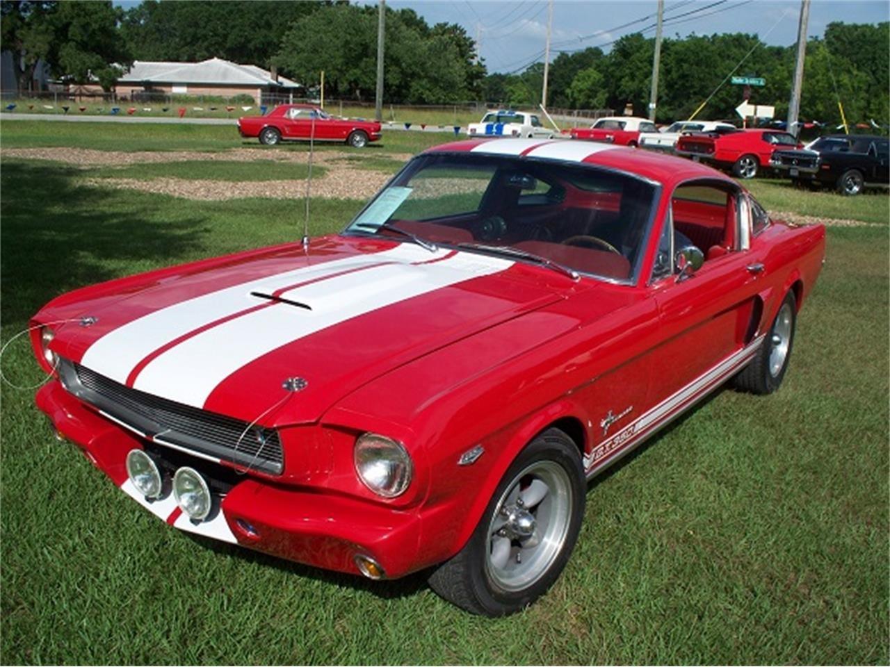 12239713-1965-ford-mustang-std.jpg.aec7d477cb77c58cc782cd4ad7352761.jpg