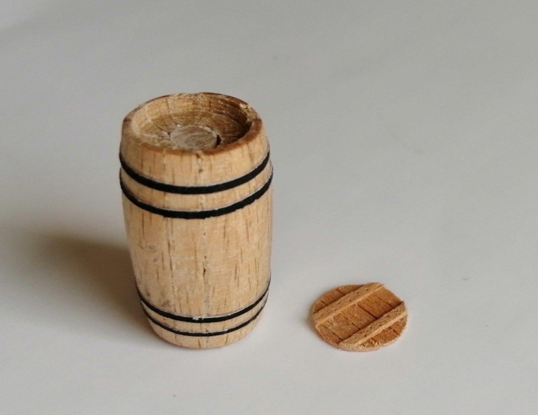 Barrel-lid.thumb.jpg.02f8a10c36da68b16a26014d3c8d0f26.jpg