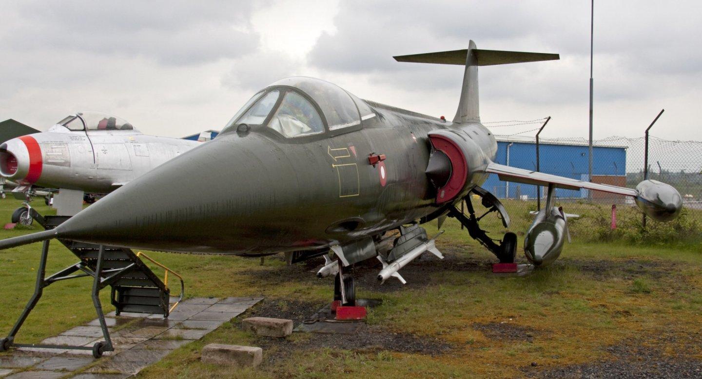 Lockheed_F104_Starfighter_Midland_Air_Museum.jpg