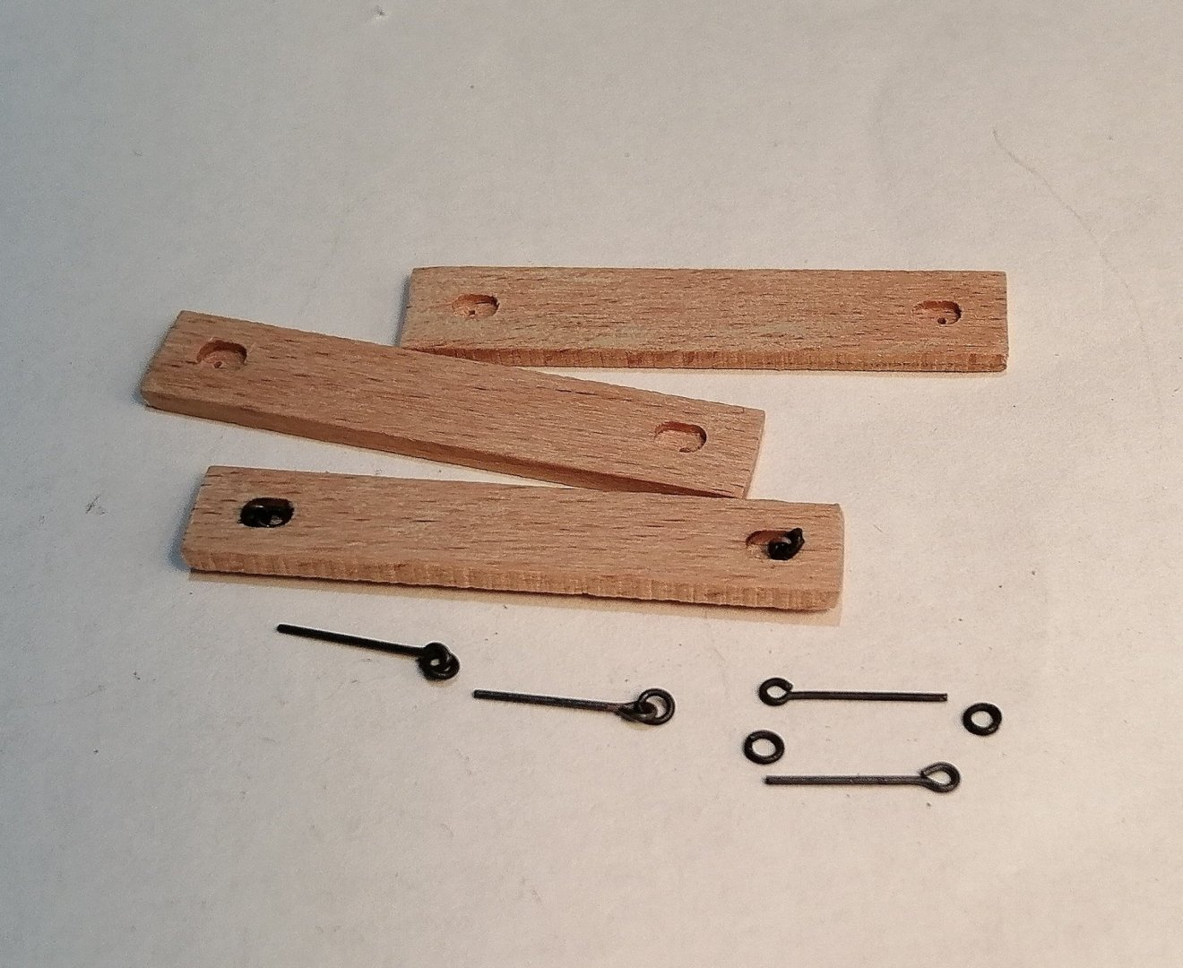 853360932_Planksliftrings.thumb.jpg.3ebc56446a6991e2a27cc599a384271f.jpg