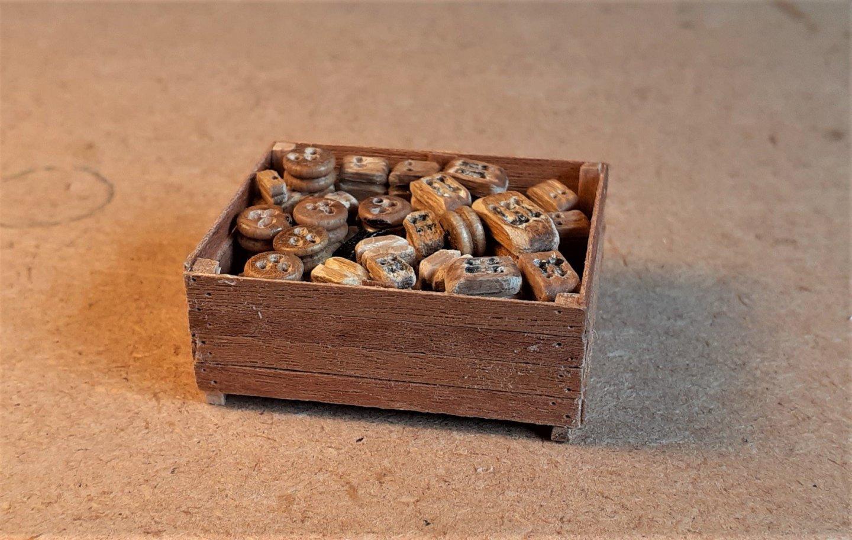 Crate..thumb.jpg.9e2eb3303417f4f266f965e1f6c4dc2a.jpg