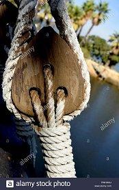 shroud-tensioners-ship-rigging-PWHWAJ.jpg.f3913a894ff4b1d0637154e9d33a7b88.jpg