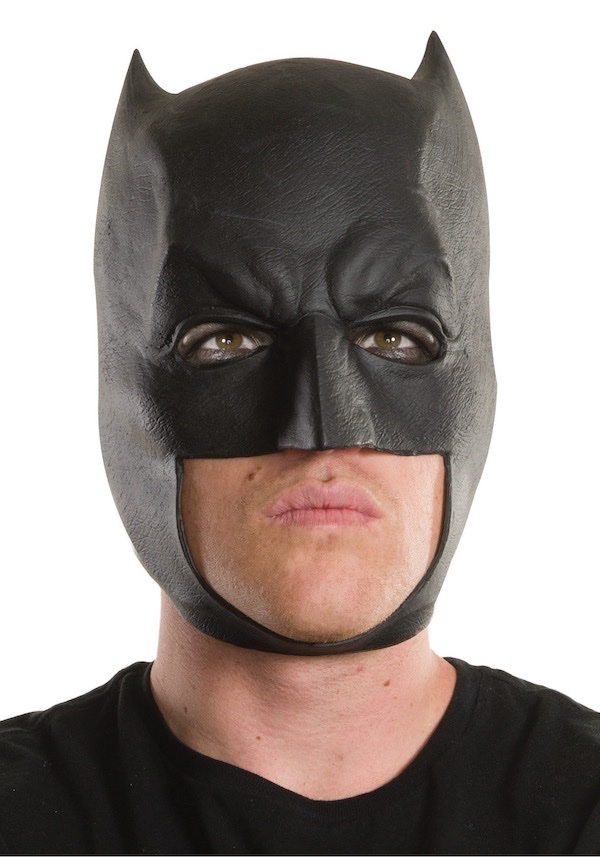 adult-dawn-of-justice-3-4-batman-mask.jpeg.b9a3a6e7239d6e746de6d86573ea7f1e.jpeg