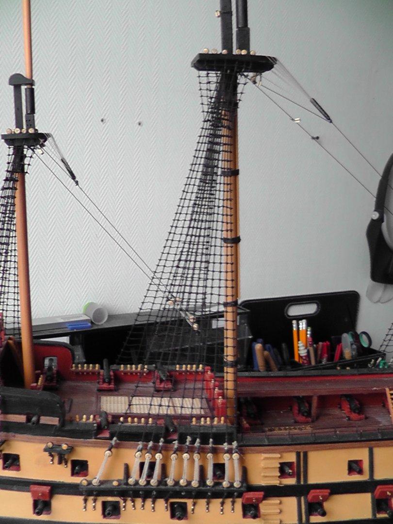 shrouds and ratlines main mast.JPG