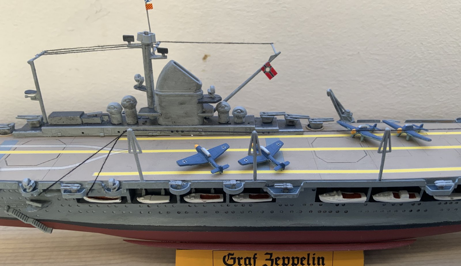 Graf Zeppelin full view (middle)