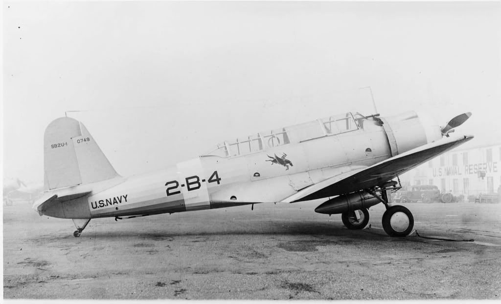 SB2U-1ofBomberSquadronTwoVB-2onthegroundatNavalAirReserveBaseNARBOakland.jpg.d518fcbdb1dc76614fd6d2008feef4db.jpg