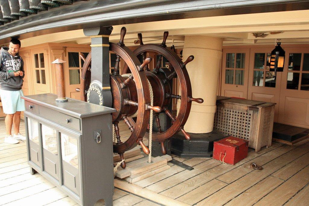 portsmouth-hms-victory-steering-station.jpg.5d3bcc9b4c5dcb9d4e3d365bcd9b4989.jpg