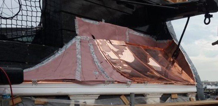 The starboard quarter gallery roof copper plating 01 -- Close-up.jpg